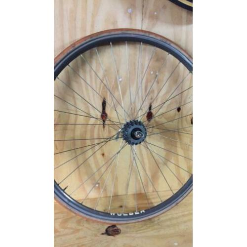 Retro racefiets wolber open velg campagnolo record wiel